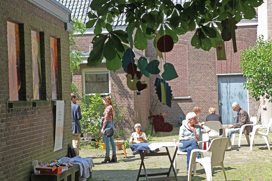 Gerard Dusable over rijkdom en armoede op straat/ Nelleke Cornelissen en Helleen Goddijn - Rijk in je wijk